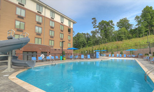 Hilton-Garden-Inn-Pigeion-Forge-Pool